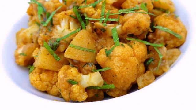 Aloo gobi recipe indian cauliflower stir fry simple tasty good my aloo gobi recipe this is a traditional potato cauliflower stir fry what forumfinder Images