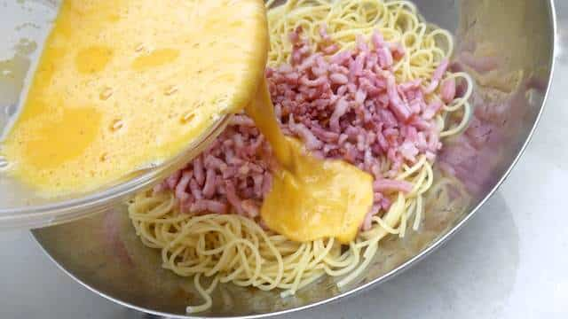 A classic pasta carbonara recipe: spaghetti in a salted bacon and egg sauce, one of the most delightful easy pasta recipes I know!
