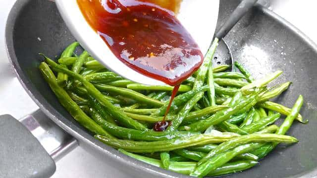 A fabulous Temple Street classic: my Hong Kong green beans recipe, a spicy fried vegetable stir fry with homemade XO sauce!