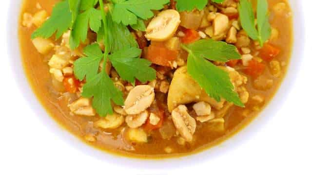 African peanut soup recipe: with chicken, carrots, cinnamon and peanut butter... This is one of my favorite chicken soup recipes!