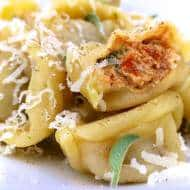 Cheese Tortellini Recipe with Goat Cheese
