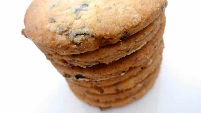 My easy biscuit recipe from scratch with black olive biscuits, a savory snack or wrap them up as a surprising homemade gift!
