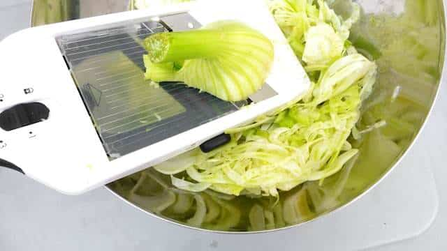 Fennel Escabeche Recipe: a lukewarm fennel salad with orange juice and vinegar, the perfect side dish for duck or grilled fish.