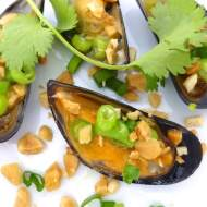 Vietnamese Grilled Mussels