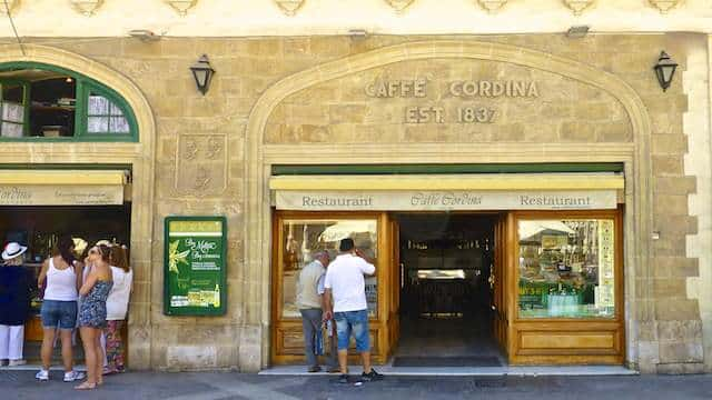 Maltese sweet treats at Caffe Cordina, Valletta. Does Gagħaq ta' l-għasel or quarezimal ring a bell? Then read about our visit to this coffee shop!
