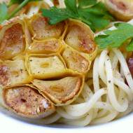 Roasted Garlic Recipe: how to roast garlic for your delicious garlic spaghetti.