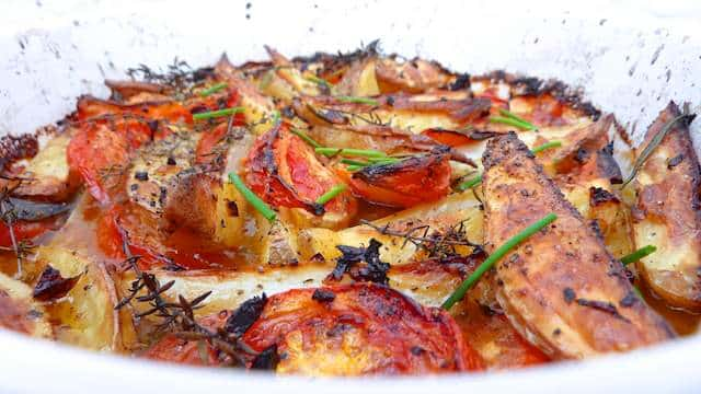 Roasted Potatoes Recipe: an easy side dish recipe done Jamie Oliver style.