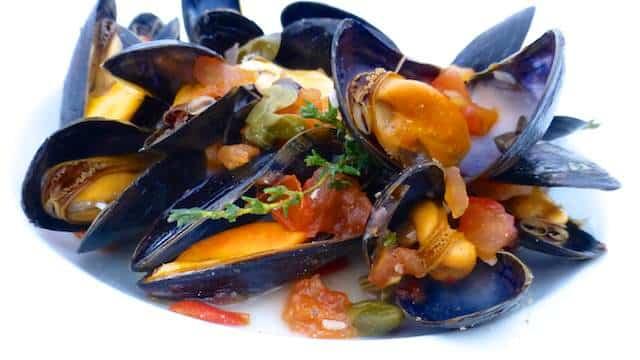 Best Mussels Provençal Recipe - GoodHousekeeping.com