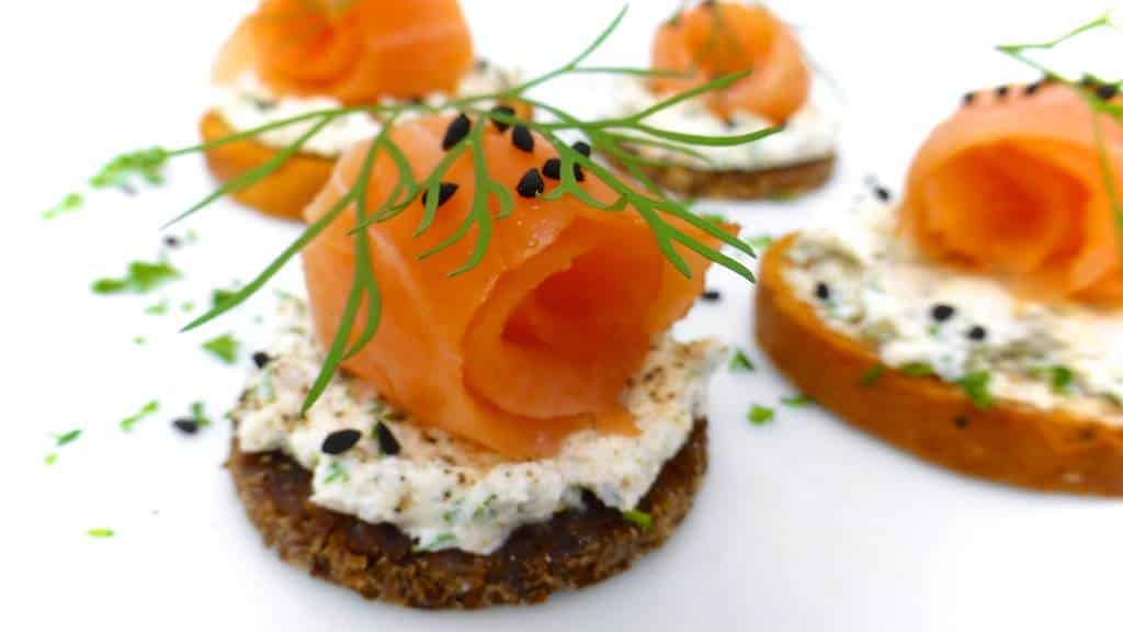 Salmon canapes recipe dishmaps for Smoked salmon cream cheese canape