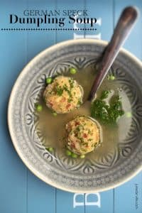 Hearty homemade speck knödel in a hot beef broth: you will adore this bread dumpling soup! Lunch or starter, you decide...