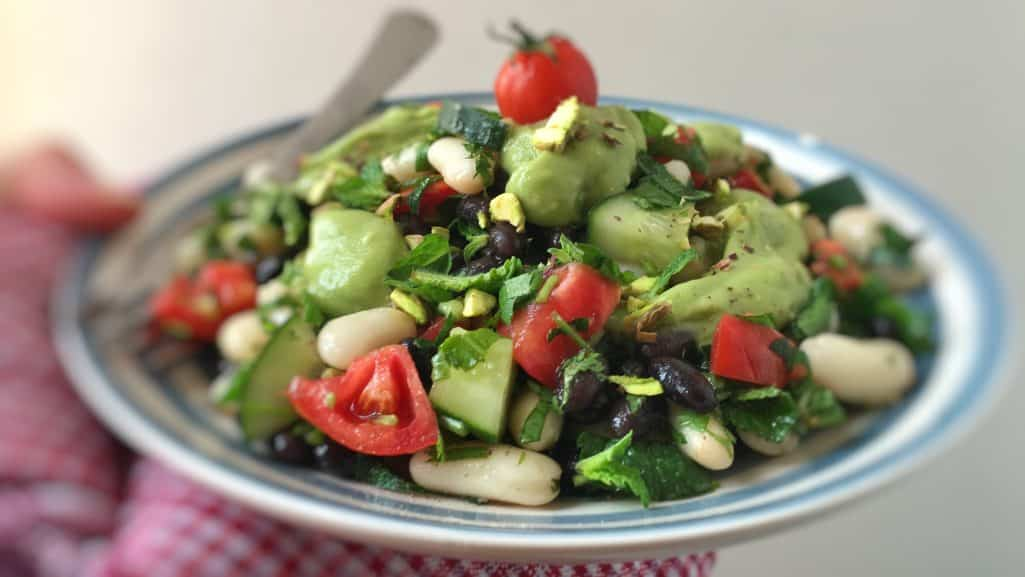 A bunch of beans and vegetables topped with a layer of this gorgeous creamy avocado dressing... What a great lunch idea!!