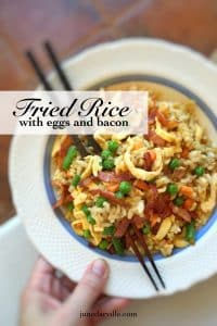 Classic eggs and bacon fried rice with soy sauce, ginger and peas... An easy peasy lunch and a great way to use that leftover cooked rice!