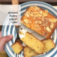 A surprising treat with yogurt and honey: this almond cake recipe is the perfect bite for your afternoon cup of tea or coffee!