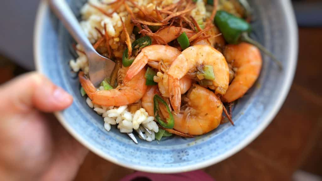 My ginger prawns stir fry, a simple prawn recipe with crunchy fried ginger and extra flavorful Thai flavors... you will love this one!