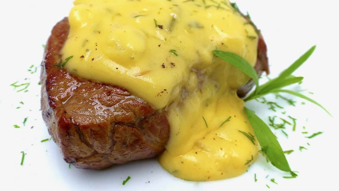 bernaise sauce recipe classic bearnaise recipe simple tasty good. Black Bedroom Furniture Sets. Home Design Ideas