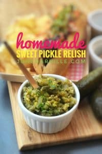My homemade sweet pickle relish recipe: ready in 5 minutes!! This relish is a great topping for hot dogs, tacos or hamburgers!