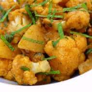 Aloo Gobi Recipe (Indian Cauliflower Stir Fry)