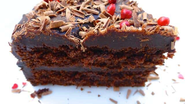 Chocolate ganache cake, sounds like a perfect chocolate treat! Here's the good news: you can make this cake a day in advance...