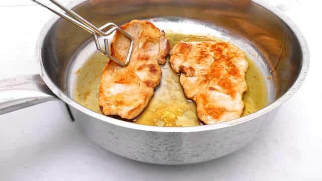 Pork in orange sauce recipe, a Spanish classic dish also known as secreto iberico a la naranja... A delicious pork recipe!