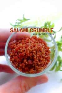 Salami Crumble: a crunchy bacon flavored topping to make your dishes even more irresistible!