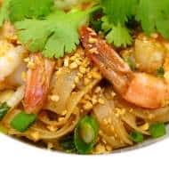 Shrimp Pad Thai Recipe (Homemade)