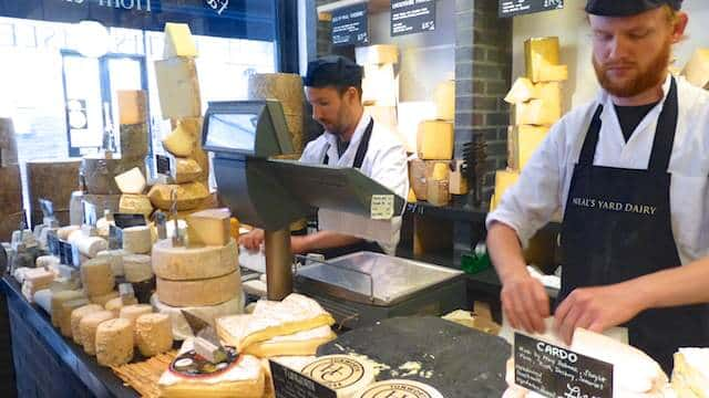 Cheese shopping at Neal's Yard Dairy in London! Salty tooth? Cheese lover? I want to talk about a cheesy spot in London today, folks.