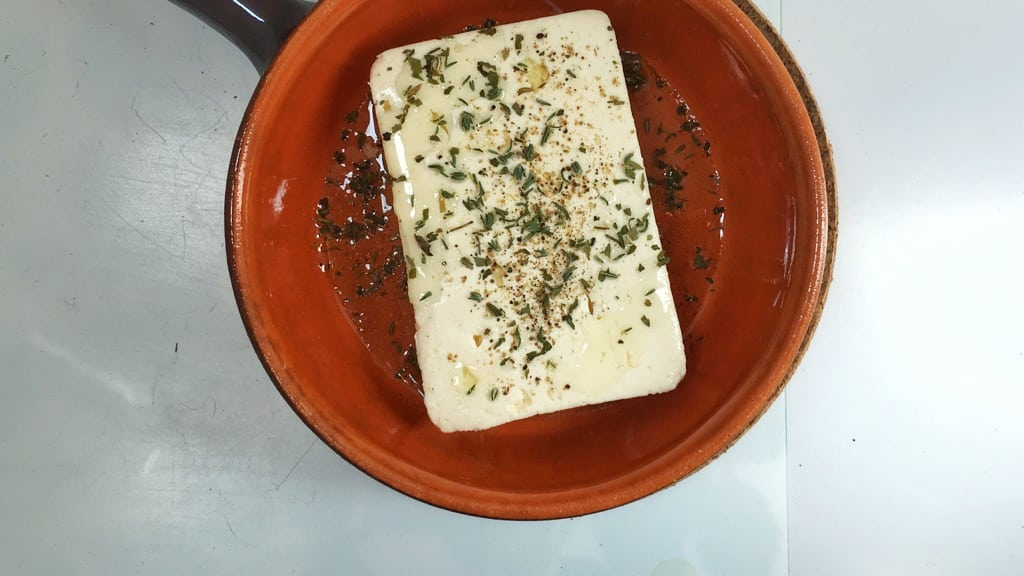 My easy baked feta cheese, a great lunch option when you crave something warm but still light, healthy and easy to prepare!